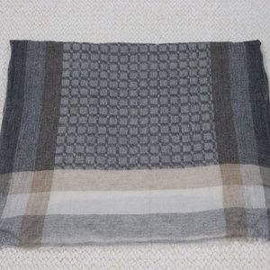 Accessories - Gray Exclusive Cashmere Handmade in Nepal Scarf